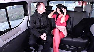 VIPSEXVAULT - Hot Babe Kira Queen Cums Hard Riding Czech Cock In a Taxi